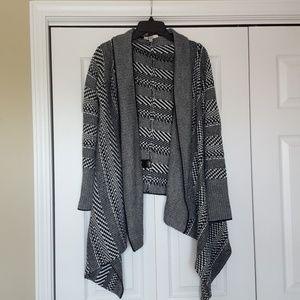 BB Dakota cardigan, wrap sweater, size medium